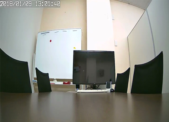 200万画素のイメージセンサー搭載で1920×1080pフルハイビジョン監視ができるネットワークカメラ。